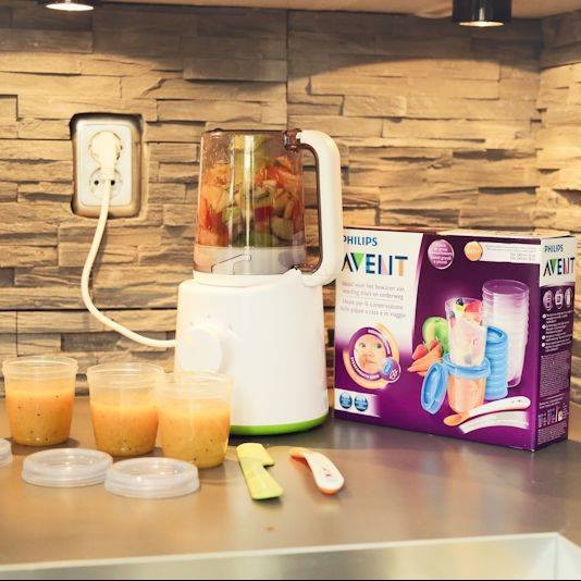 My Name Is Mama test: De Philips Avent gecombineerde stomer en blender.